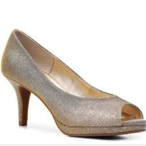 Kelly and Katie Silver/Gold Heel